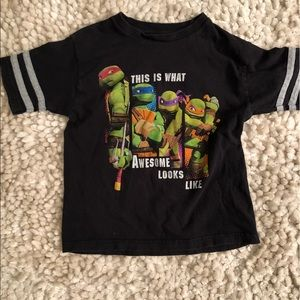 Ninja Turtles size 7 T shirt